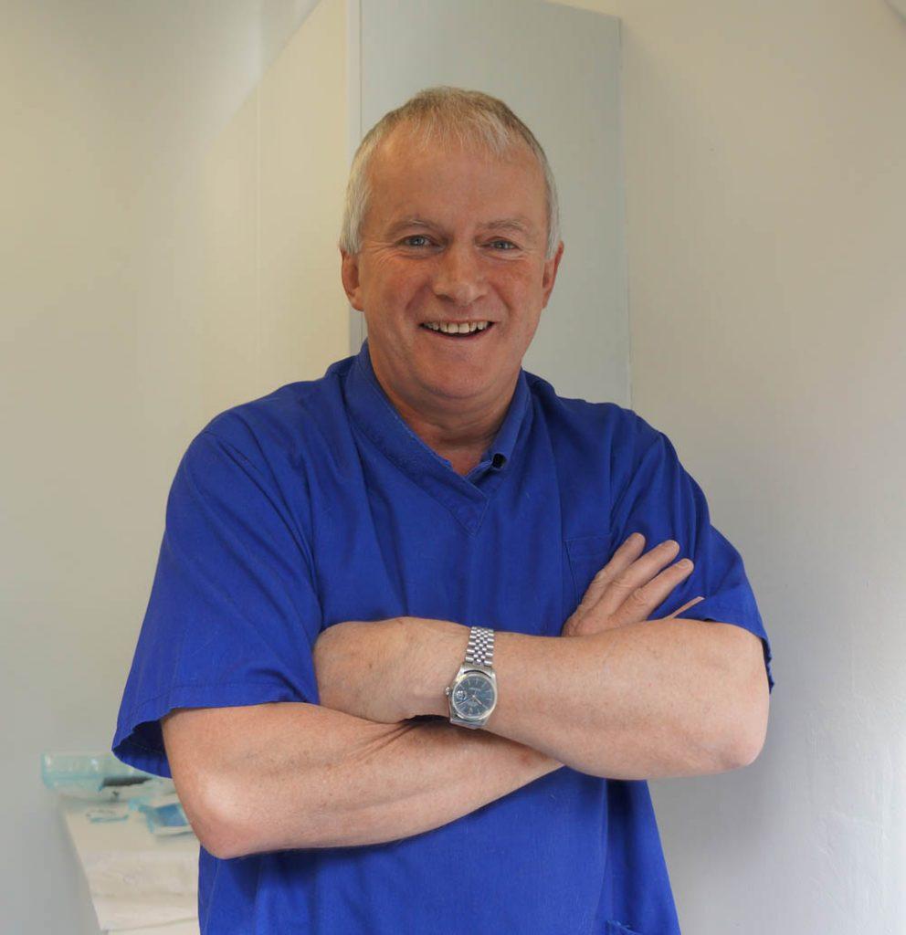 Richard Lavelle - Veterinary Surgeon